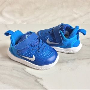 Nike Toddler Free RN Sneakers
